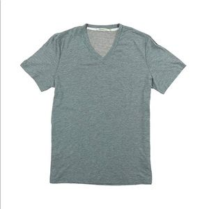 NEW! Heathered gray v-neck short sleeve T-shirt